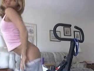 fresh dutch slut exposing bottom on webcam