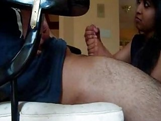 indian housewife gives super  handjob