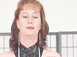 brunette cougar bitch makes her way