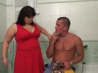 woman catches her guy piercing her large lady