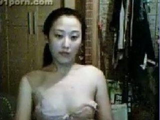 lovely eastern  young webcam