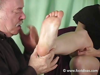 lenas footboy