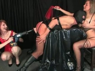 mistresses kiss and kendra domination hour