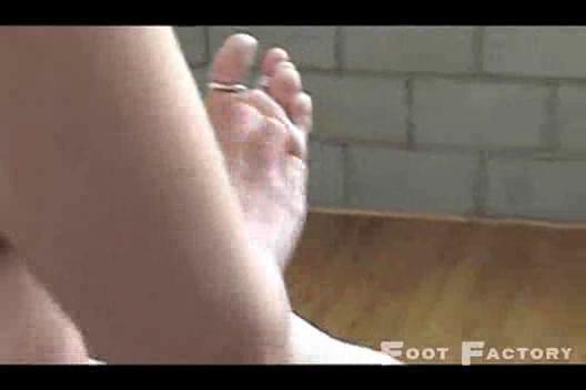kimberly kane  homosexual woman legs like