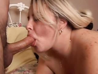 hot albino bbw gives a sweet cock sucking