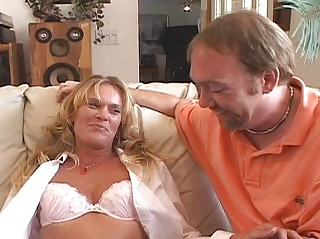nasty d gives chilie bottom amp lady training 101