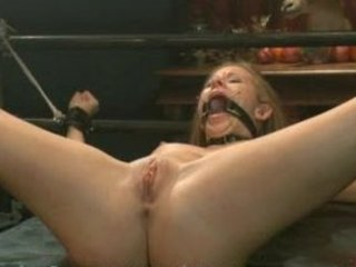 cali lakai worships being dominated and pierced