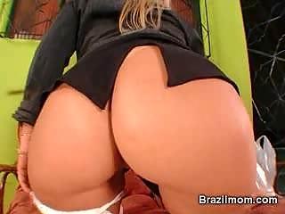 brazilian woman device her kitty