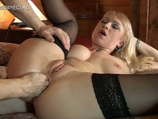 viva woman arse and fingering
