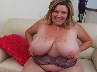 chubby bleached albino momma sticks big porn