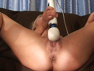 genuine spraying climax and feminine ejaculation
