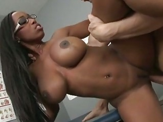 cumshots thirsty america moore obtains her oral