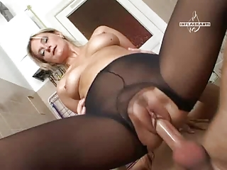 cougar pleasure into stockings