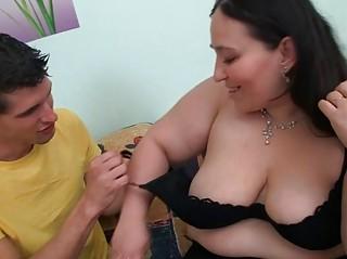 bbw whore drives large penis